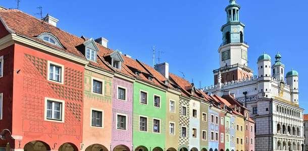 Poznan'ın tarihi caddelerini gidiş dönüş 183$'dan başlayan fiyatlarla keşfedin