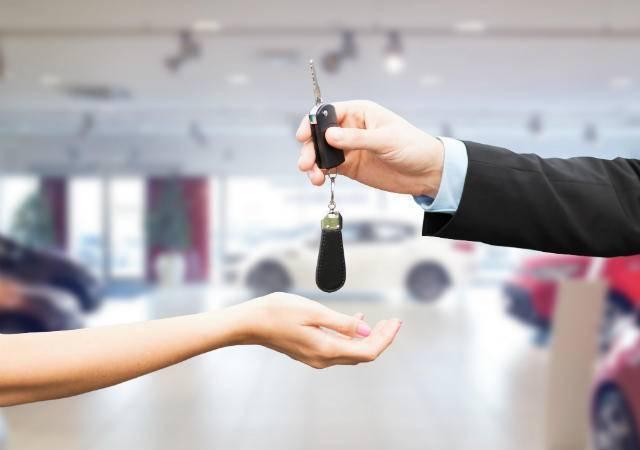 Otomobil satın almak için ihtiyaç mı yoksa taşıt kredisi mi kullanmalı?