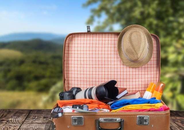 Tek başına uçanlar için bavul hazırlama tüyoları
