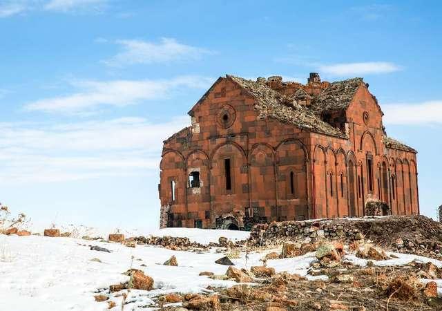 'Yüksek şehir' Kars'ı görmek için 6 neden