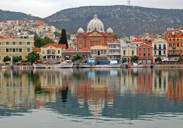 Yunanistan'a kapıda vize uygulaması sürecek