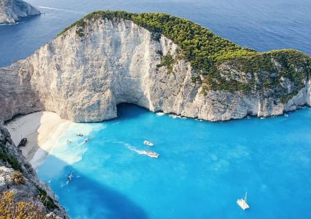 Bu yaz hangi Yunan adasına gitmeli?