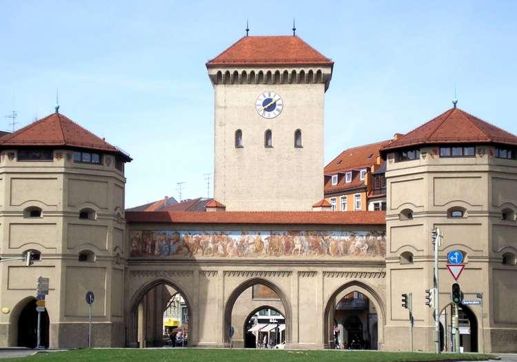 Isator Kapısı