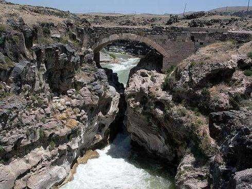 Şeytan Köprüsü