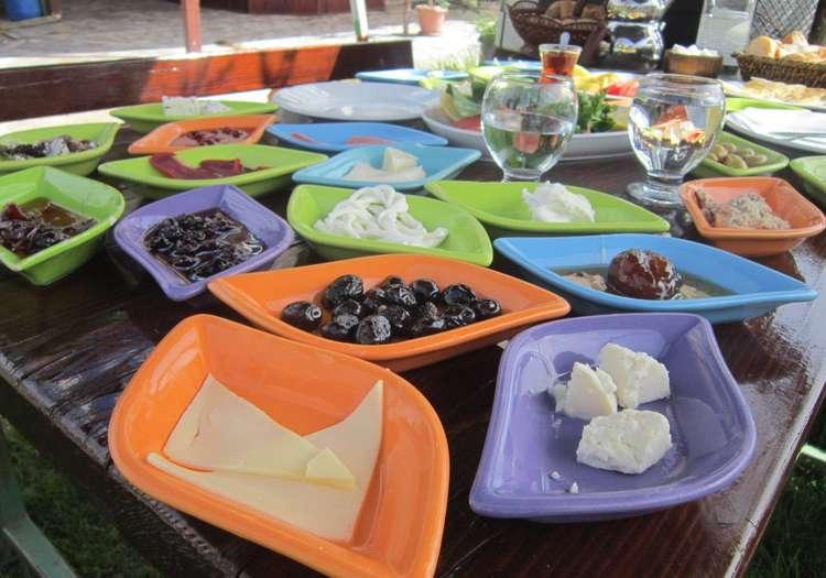 Serpme Köy Kahvaltısı