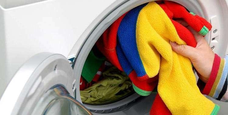 Çamaşır makinası dolmadan çalıştırmayın!
