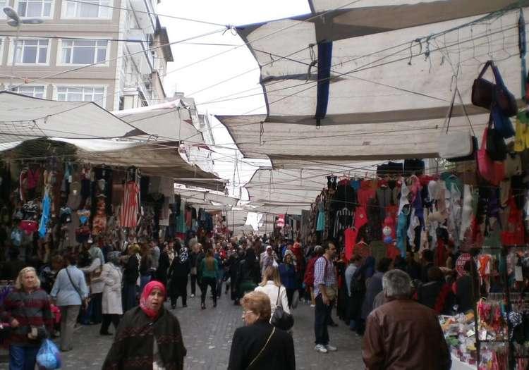 Fındıkzade Cuma Pazarı