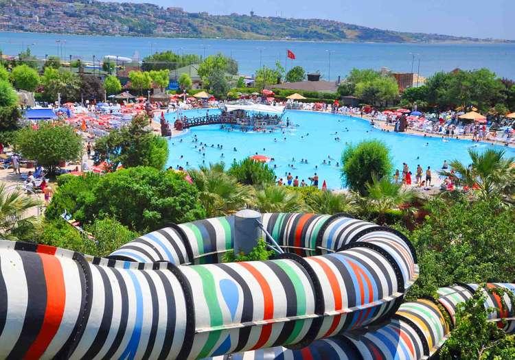 Aqua Marina Su Oyunları Merkezi