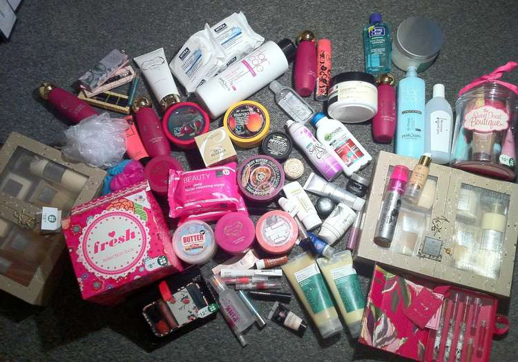 Kozmetik ürünlerde seyahat boyları
