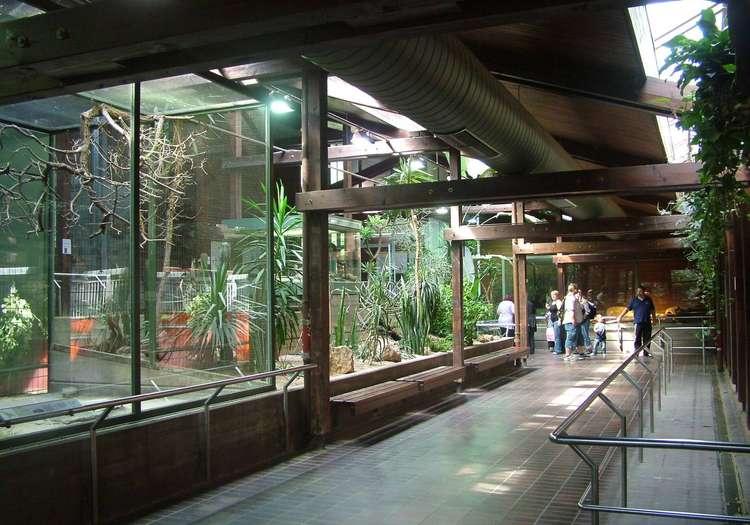 Wilhelma Hayvanat Bahçesi