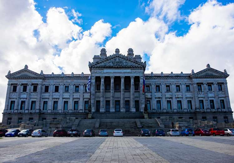Palacio Legislativo (Parlamento)