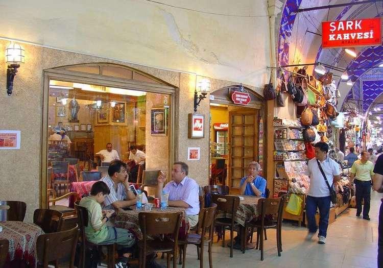 Kapalıçarşı Şark Kahvehanesi
