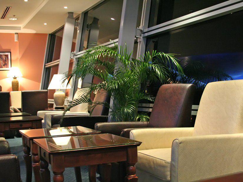 8- Havalimanı yolcu salonlarını değerlendirmemek