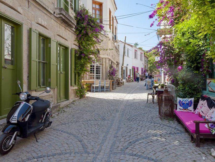 İzmir ya da Çeşme (Gidiş dönüş 140 TL)
