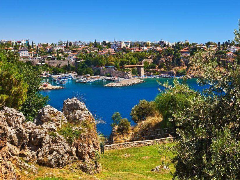 2- Antalya'da güneşli günler 65 TL'den itibaren