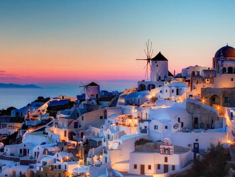 2- Romantik tatillerin vazgeçilmez durağı Santorini