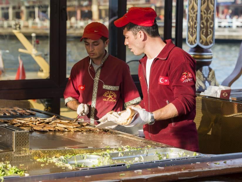3-Eminönü'nde balık ekmek