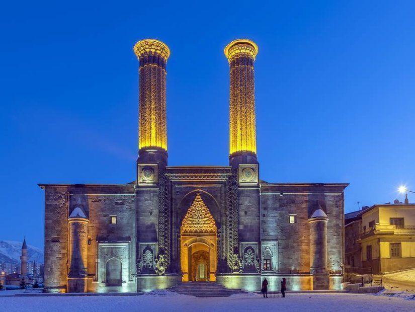 Erzurum'da Anadolu tarihine yolculuk 115 TL'den itibaren