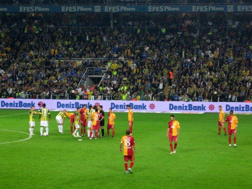 6- İstanbul / Fenerbahçe – Galatasaray