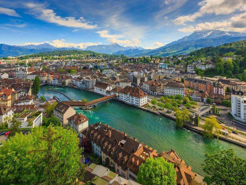 2- İsviçre - ,882