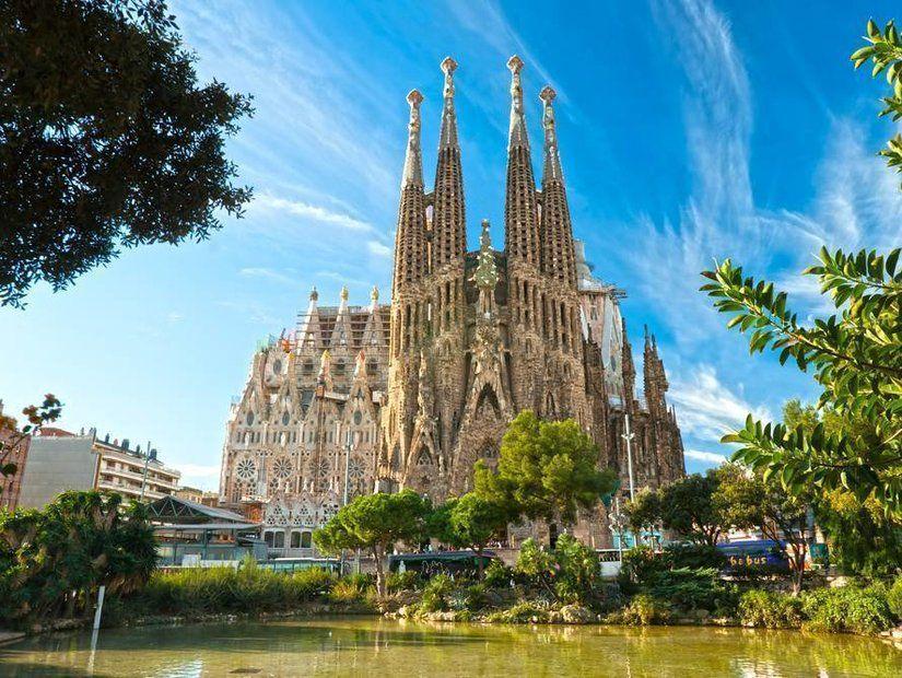 2- Gaudi'nin eserleriyle şaşır