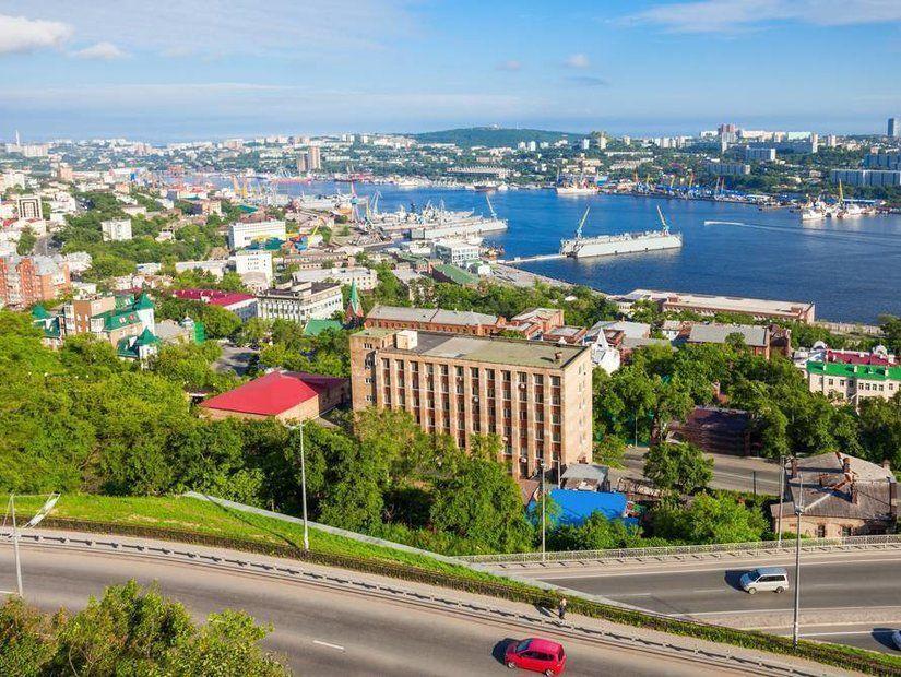 Rus Başbakanı Medvedev imzaladı